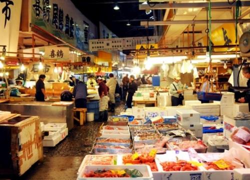 豊洲市場・築地場外市場とお寿司作り体験