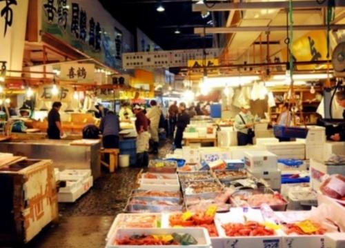 丰洲市场/筑地场外市场和手作寿司体验